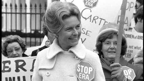 Kønsaktivisten Phyllis Schafly i 1977. (Ukendt fotograf)