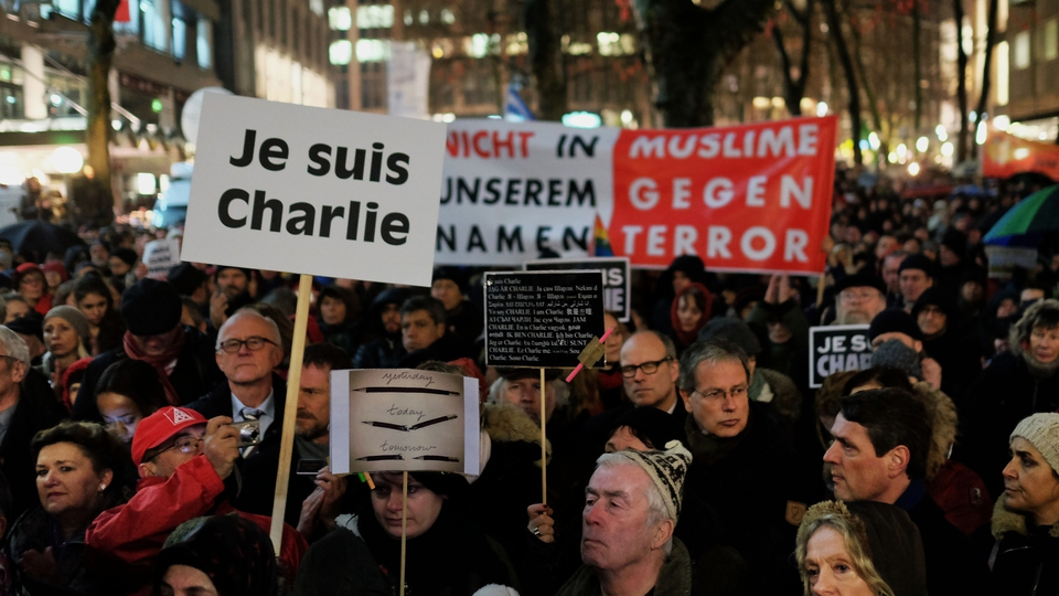 De tyske lærere forventes at være mere underdanige end denne demonstration i Hamborg 2015. Foto: Konrad Lembcke / Wikimedia Commons